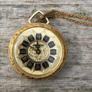 Jewelry - Cardinal pendant watc
